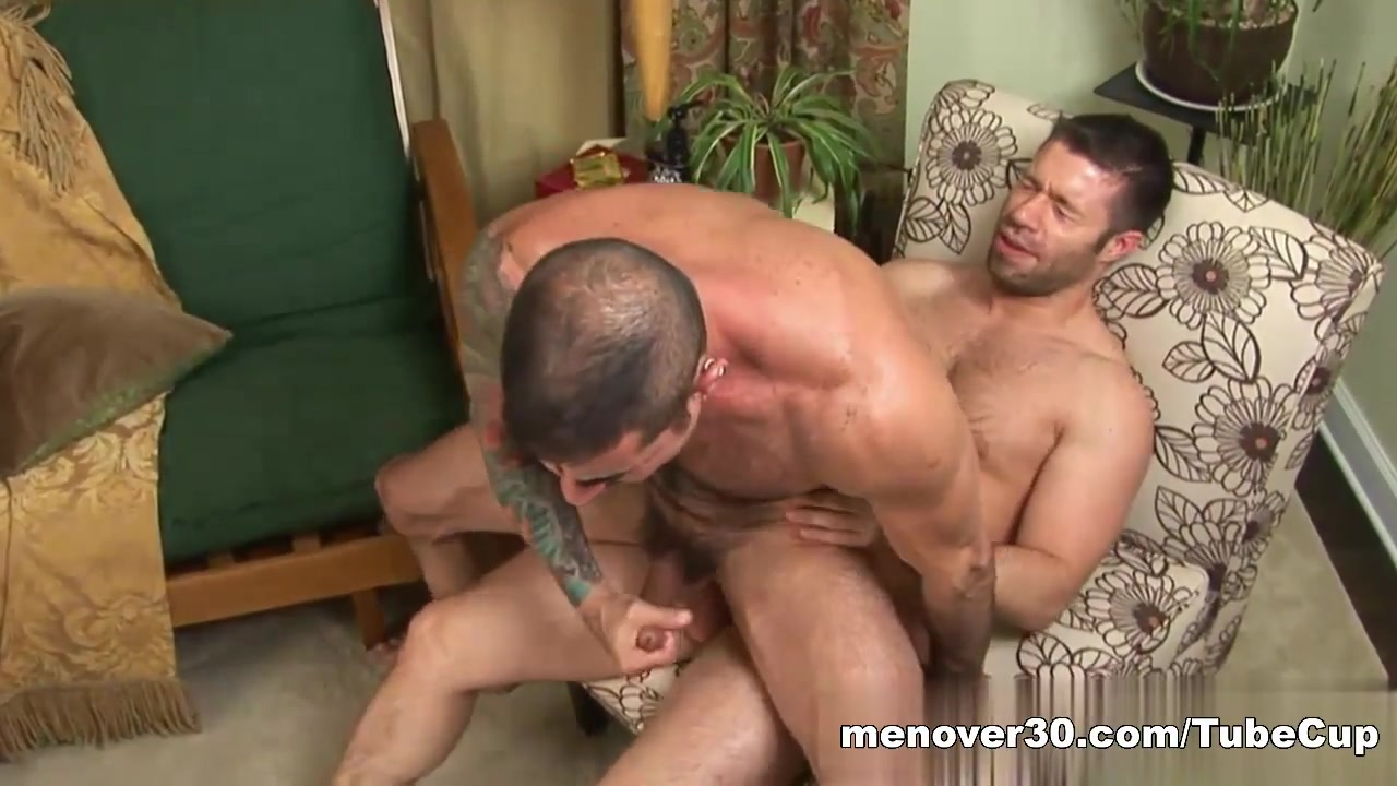 MenOver30 Video: Jaxxx of all Trades Wifes naked lick penis and fuck