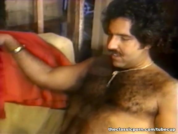 Nargis video dating Shahid