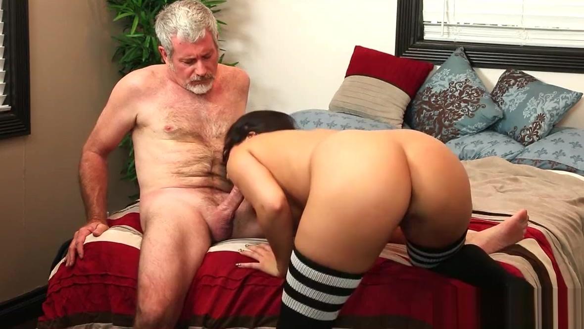Cutie brunette Paisley Parker suck old mans cock