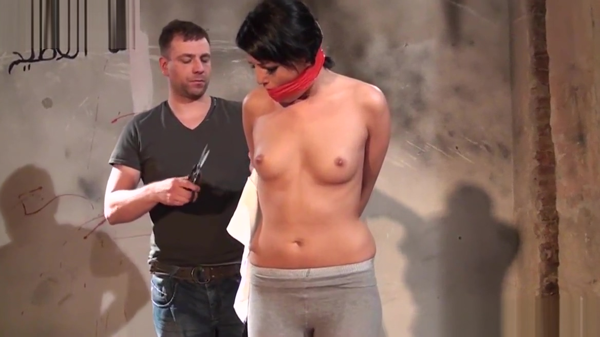 Smalltits european submissive gets bound nude young asian woman
