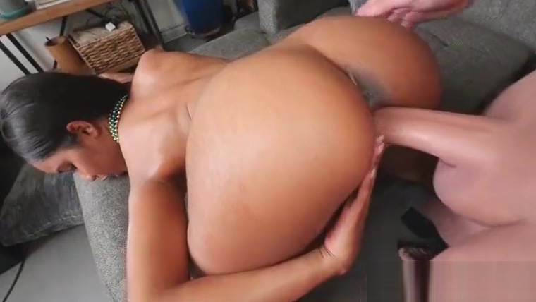 Sexy busty ebony Jenna Foxx finger her clit while getting pussy pounded by hard fat cock How to seduce a virgo woman sexually