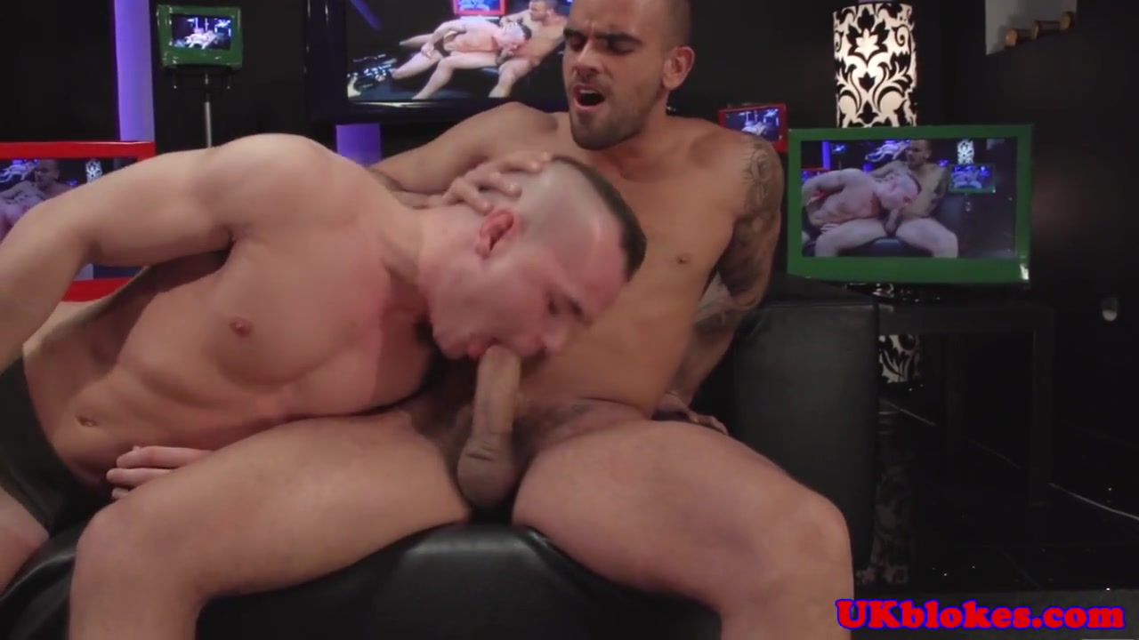Horny english queer bottom cock drooling Fat tites