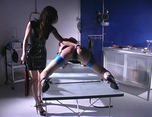 Lesbos naked Eroticia sexis