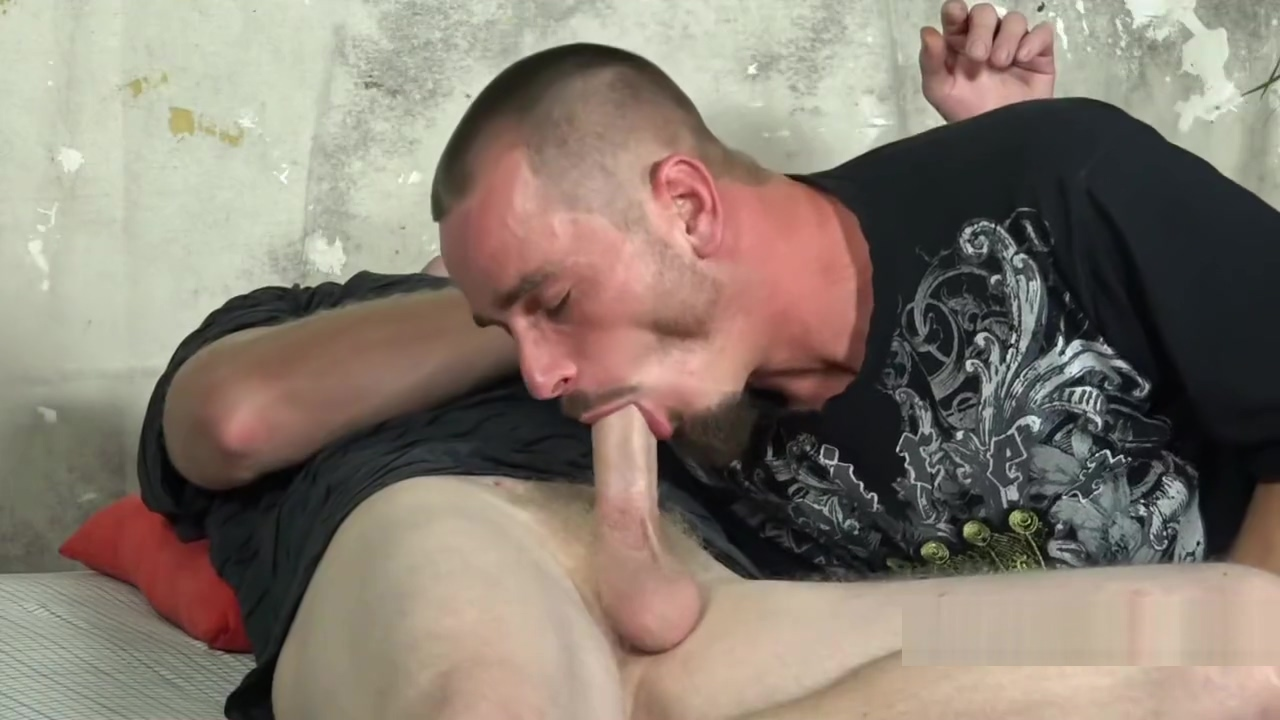 EVER SEEN 2 STR8T GUYS FUCK?? Freehairy amateur porn
