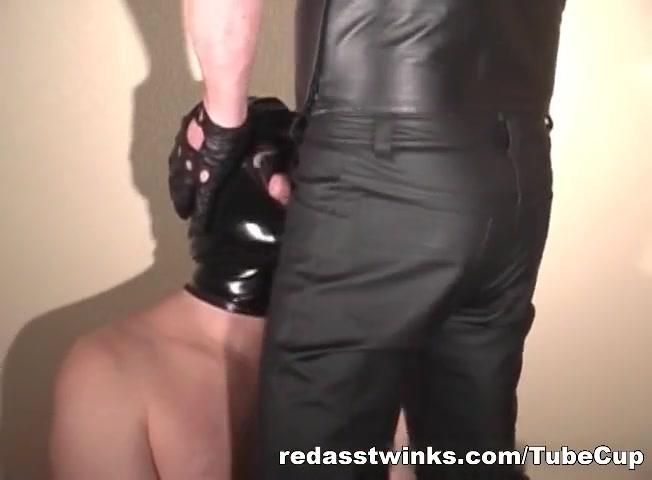 Weird masked gives head in BDSM Hustler store in ft lauderdale