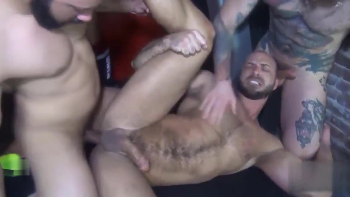 Jessie&rsquo s Bareback Gangbang Forced entry interracial fucking