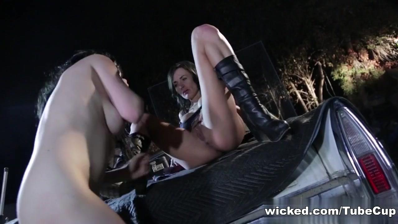 Fucks Anal lesbea porn