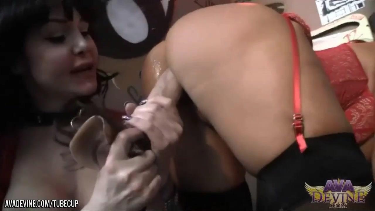 Lesbianas orgasm Clitoris fuckuf