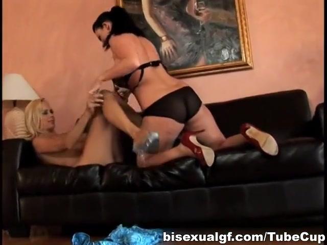Lesbion fuckin porn Reality