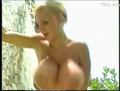 Lisa lipps - beach melons youngsex photo