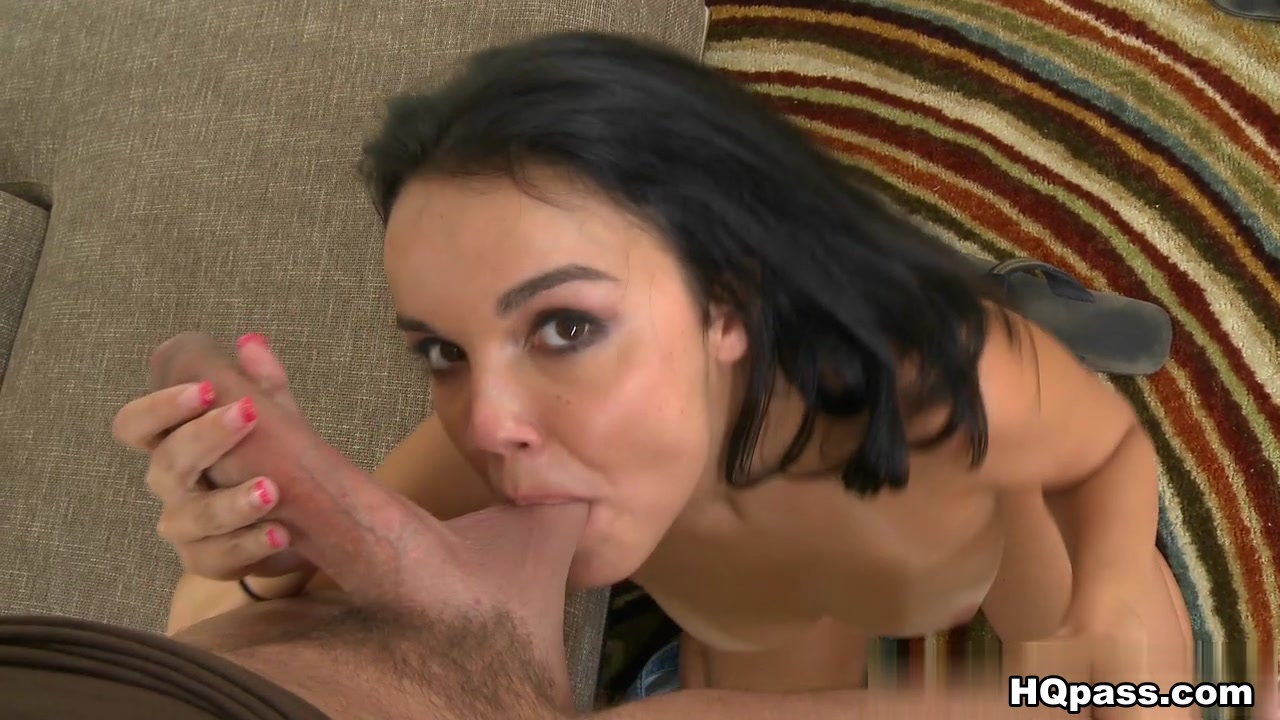 CumFiesta - Cum like crazy mouth to her pussy