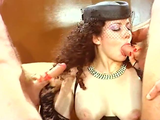 Con mia moglie si fa tutto (Full Movies) ashlynn brooke getting fucked in a limo