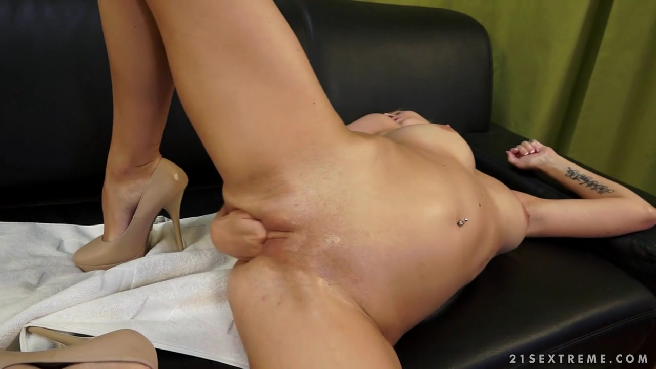 21Sextreme Video: Fisting Session with Angel and Suzie Pron Hd Xxx