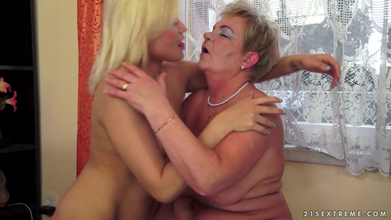 Porn sexy orgy