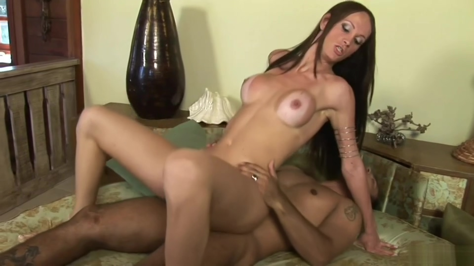 Leticia Close Worships This dude And Surrenders Only webcam sex with married women in El Cayo