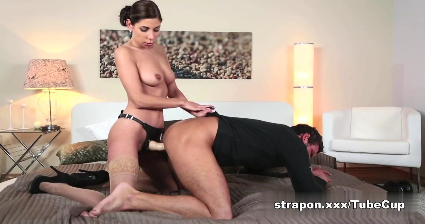 Naked Heidi hanson
