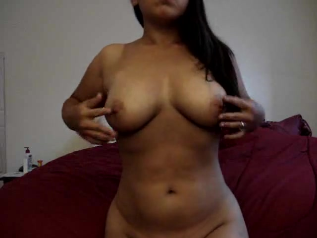 Hot amateur beauty undress on camera and plays with pussy