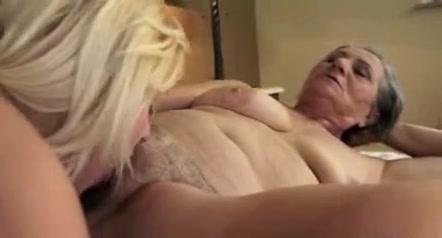 Orgasm porno Squirting lesbin