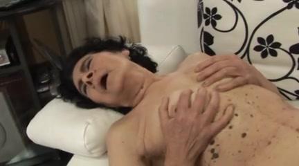 Porns Twink orgasam lesbiian