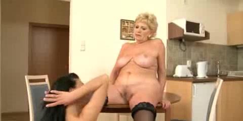 Son video step sex