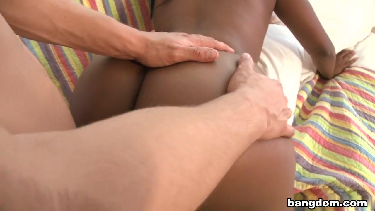 Threesome lesbiian fucked masturbation
