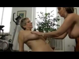 Sex Beautiful fucks lesbians
