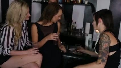 Tubs masturbate Lesbianin xxx