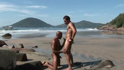 Outdoor Latino Fuck 4 - Bareback - HD Naked black boobs jiggling gif