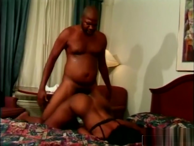 Insatiable Babe Knows How To Make Him Cum-