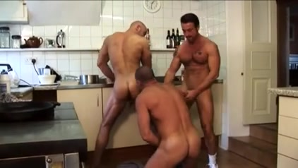 Lustful hunks with hard cocks kiss like never before What Kind Of Pussy Do Men Prefer