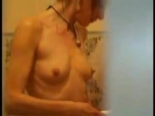 Awesome sexy girl takes shower on hidden camera How to fill out a hookup website profile