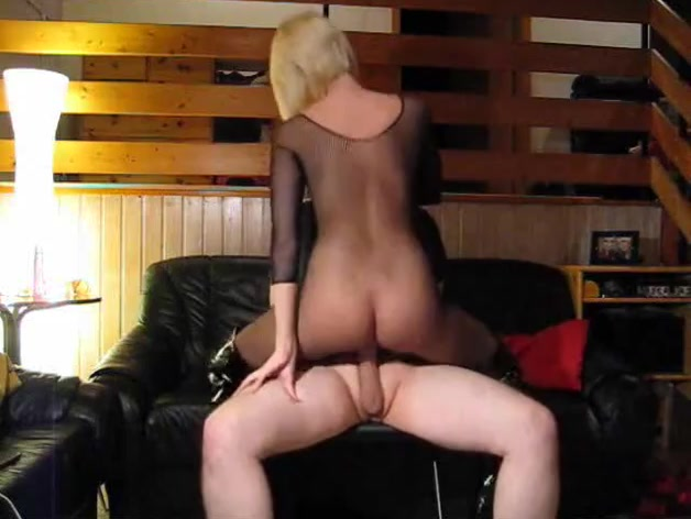 Submissive husband gets a treat from his hot amateur wife