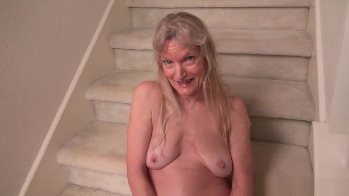 American milf April White teases her nyloned pussy-