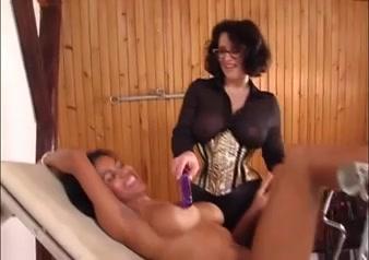 Fuckk Japanese lesbiian porne