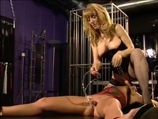 Lickinh Lesbion clip sexes