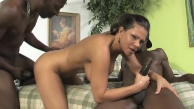 One isnt not enough for Teri Weigel as she takes to milky showers-