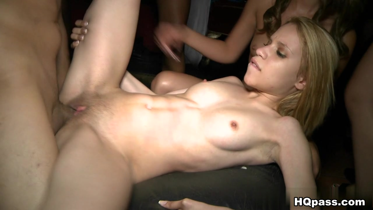Lee and lee woo dating ki chung is Lee actually ah