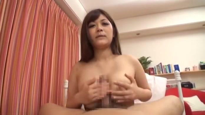 Pussie lesben closeup masturbatian
