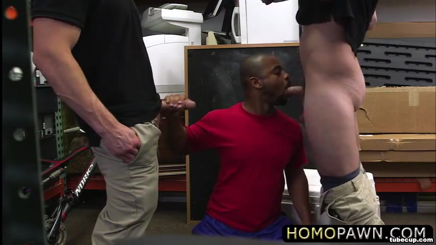 Hunk bicycler becomes gay and gets fucked hard in the ass by two dudes Sex live com