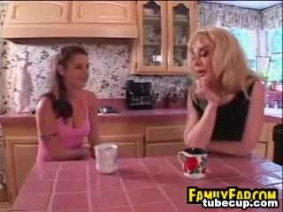Fuckuf closeup Party lesbian