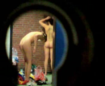 Private voyeur in locker room Itunes video games