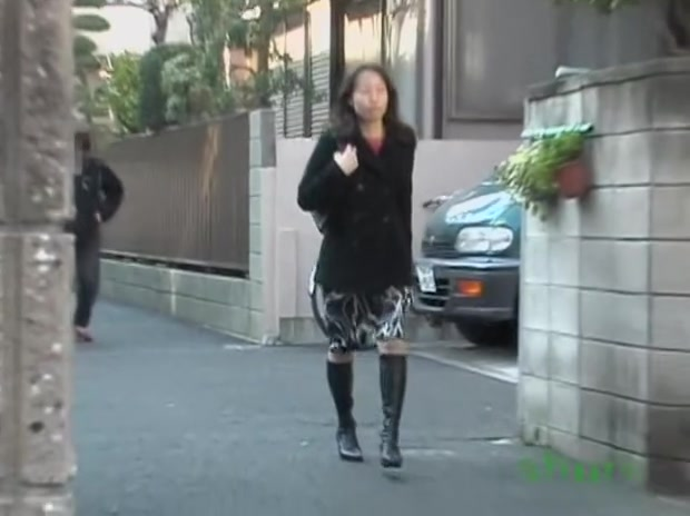 Asian housewife going home gets a taste of street sharking. sexual massage parlors for women in new york city