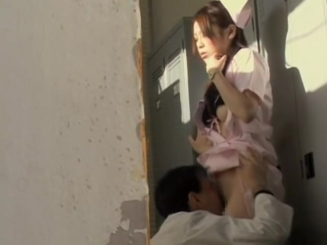 Japanese doctor caught on camera while nailing a nurse hot girls naked shower