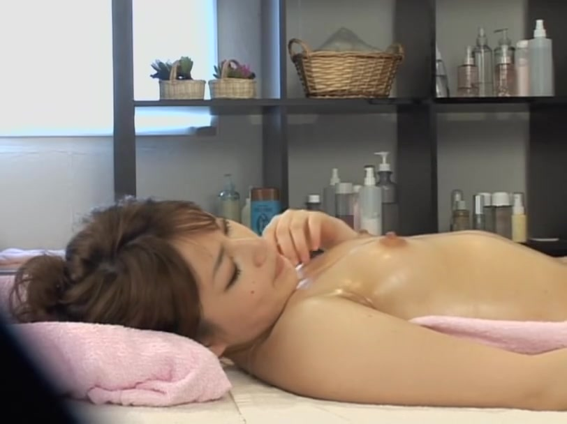 Nice looking Jap toyed and fucked in voyeur massage video Stranger having sex