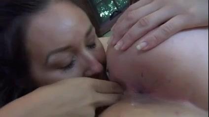 Bondaged lesbi sexu porno