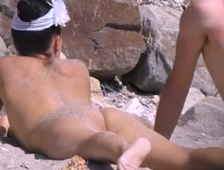 Undressed Beach Girls19 Actress shaved pussy