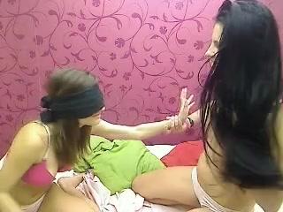 Videoz Lesbiean sexis orgasim