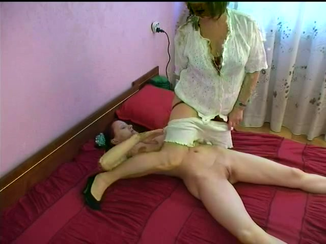 russian mommy and beauty 11 of 26 Erotic mature photo woman