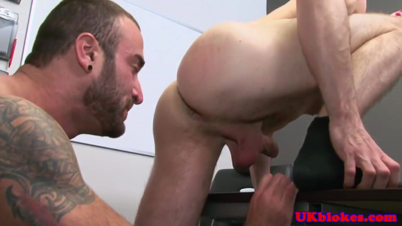 English stud fucks co worker in office Pron about asain girls