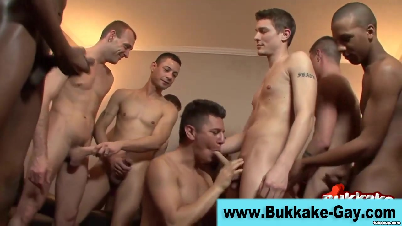 Group sucking gay dude facialized bianka mofos actriz porno colombiana bianka